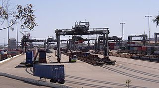 Intermodal Ship-to-Rail Transfer