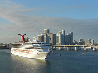 <i>Carnival Destiny</i> leaving the Port of Miami