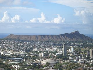 Diamond Head<br>View from Round Top Drive